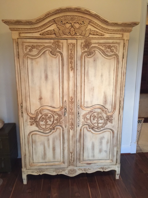 Highland House Hand Carved French Armoire   Image 2 Of 8