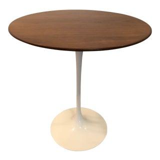 Mid-Century Modern Eero Saarinen Walnut Side Table For Sale