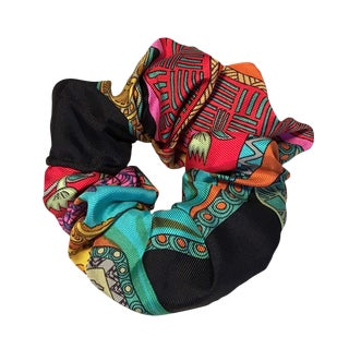 Hermes Handmade Vintage Silk Scarf Scrunchie in Black, Teal, and Red Illustrated Print For Sale