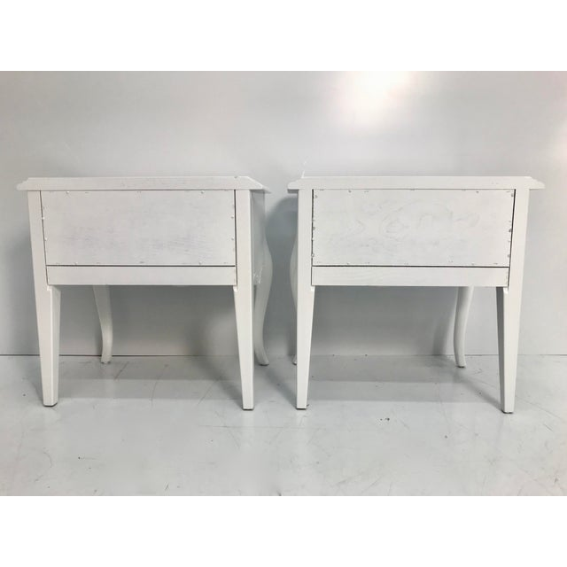 Ethan Allen Vintage Ethan Allen French Style Nightstands - a Pair For Sale - Image 4 of 10