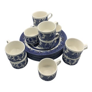 1980s Vintage Churchill Blue Willow Dinner Plates & Flat Cups - 19 Pieces For Sale