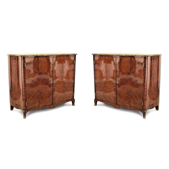 Mid 19th Century Pair of French Louis XV Style Veneered Commodes For Sale - Image 5 of 5