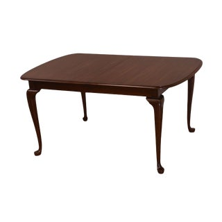Pennsylvania House Vintage Solid Cherry Traditional Queen Anne Dining Table For Sale