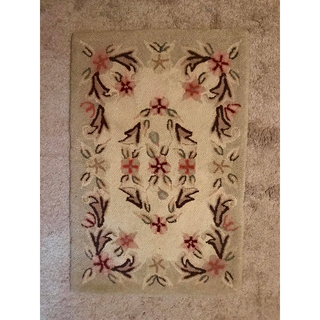 Traditional 1900's Handmade Antique Wool Hooked Rug For Sale - Image 3 of 3