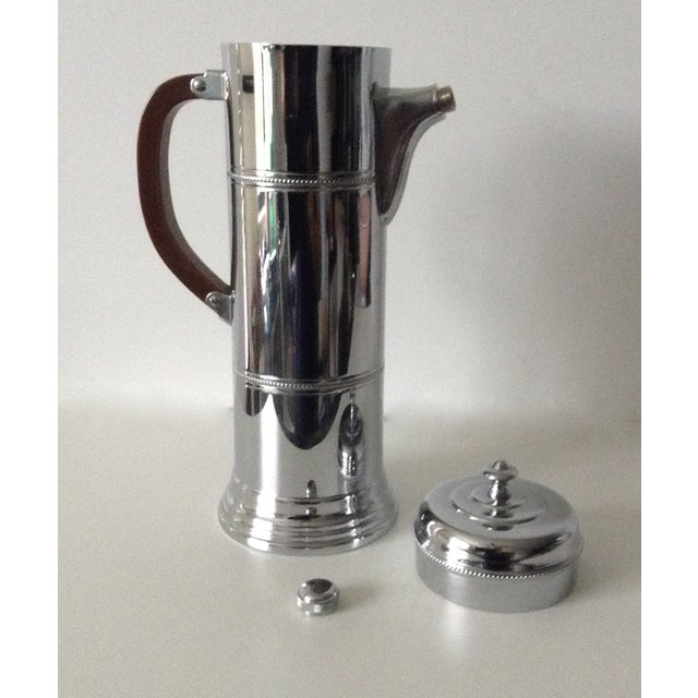 Metal Mid-Century Cocktail, Martini Shaker With Bakelite Handle -Final Markdown For Sale - Image 7 of 10