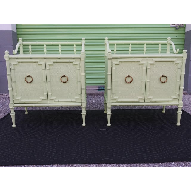 1950s Vintage Nightstands the Kensington Collection -A Pair For Sale - Image 11 of 12
