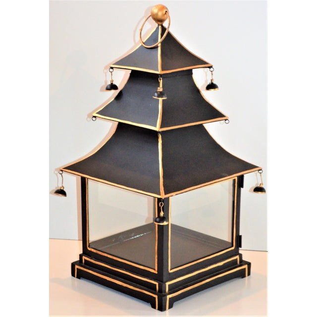 2000 - 2009 Vintage Chinoiserie Black and Gold Pagoda Hurricane Lantern For Sale - Image 5 of 6