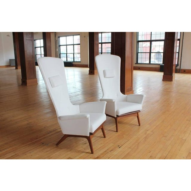 Mid-Century Modern 1960's Vintage Adrian Pearsall Sculptural High-Back Lounge Chairs- A Pair For Sale - Image 3 of 4