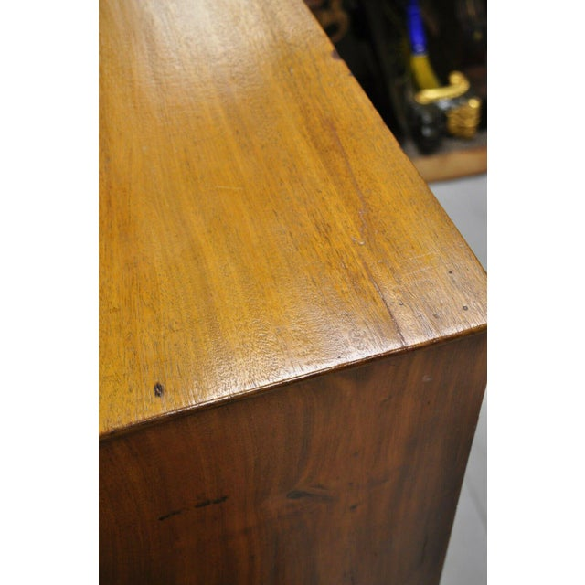 Brass 19th Century Sheraton 4 Drawer Mahogany Bow Front Chest Of Drawers For Sale - Image 8 of 13