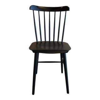 Modern Design Within Reach Black Salt Chair For Sale