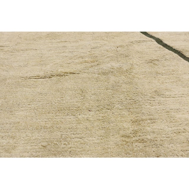 Ludwig Mies van der Rohe 80523 Contemporary Moroccan Area Rug - 10'02 X 13'10 For Sale - Image 4 of 10