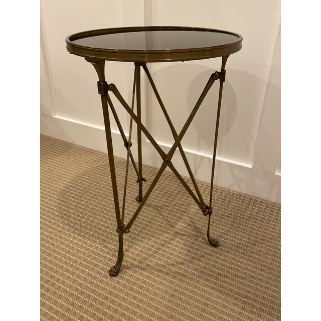 French 1990s Vintage Neoclassical Iron and Granite Side Table For Sale - Image 3 of 12