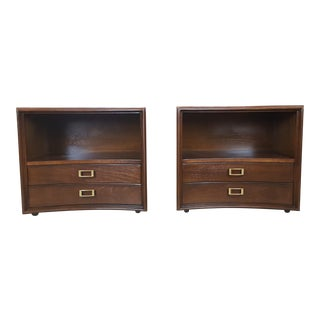 Paul Frankl for Johnson Furniture Walnut Nightstands - A Pair For Sale