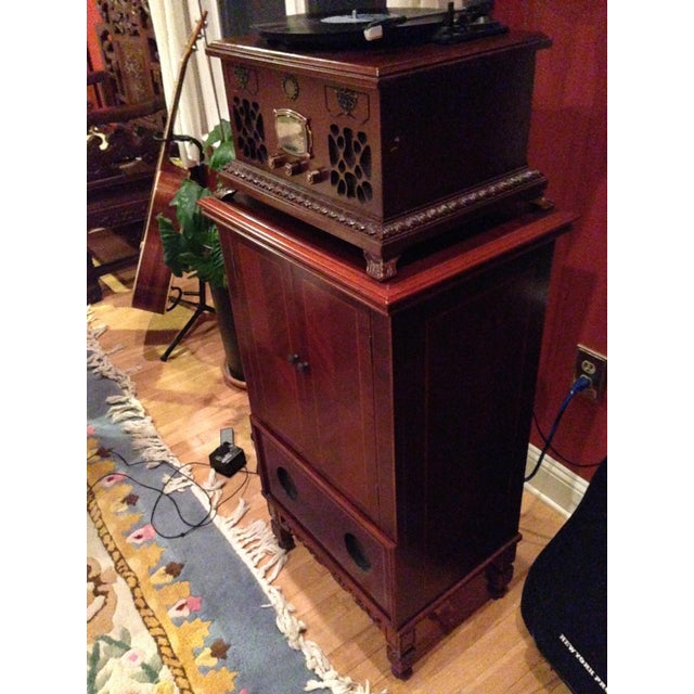 Mahogany Gramophone Replica - Image 5 of 5