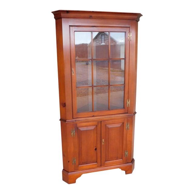 Henkel Harris Chippendale Style Pine 9 Pane Corner Cabinet For Sale