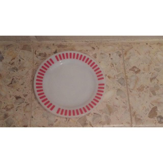 Mid-Century Modern Hazel Atlas Red Candy Stripe Dinner Plates - Set of 8 For Sale - Image 3 of 11