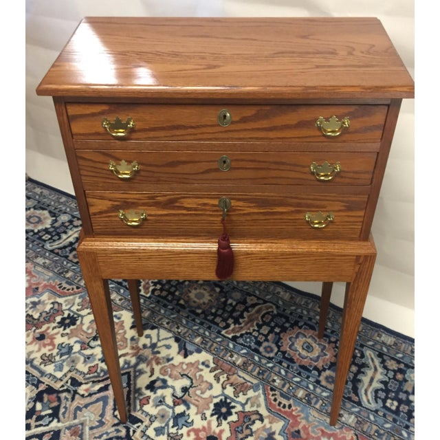 Americana Stunning Tom Seely Solid Wood 3-Drawer Standing Chest For Sale - Image 3 of 13