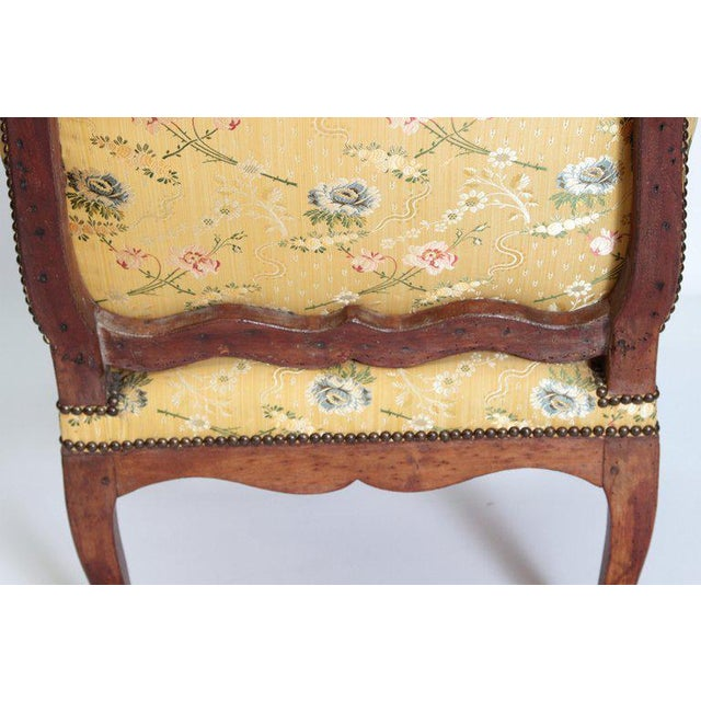 A Early 18th Century Walnut Regence Armchair For Sale In Dallas - Image 6 of 13