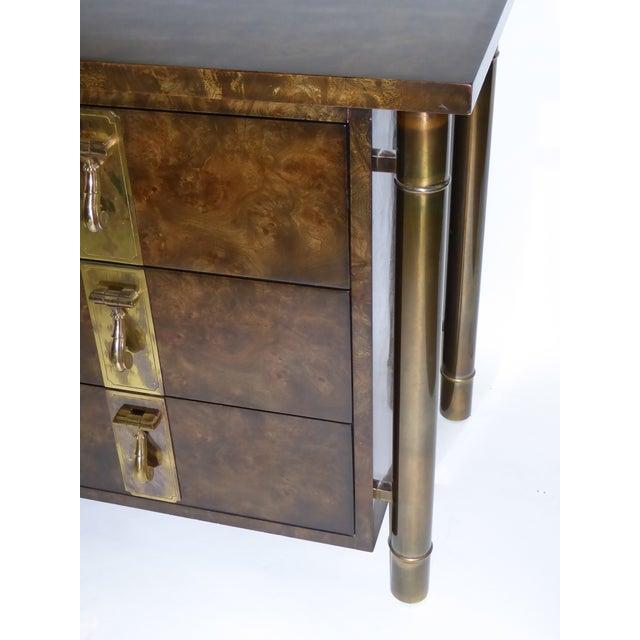 1970s William Doezema for Mastercraft Burl Elm Nine-Drawer Dresser For Sale - Image 11 of 12