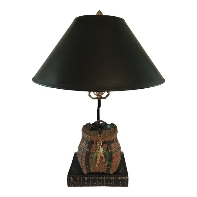 Vintage Fishing Creel Table Lamp For Sale