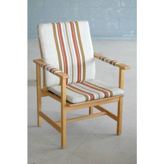 Fredericia Stolefabrik Pair of Børge Mogensen Model 2257, Oak Lounge Chair for Fredericia Stolefabrik For Sale - Image 4 of 10