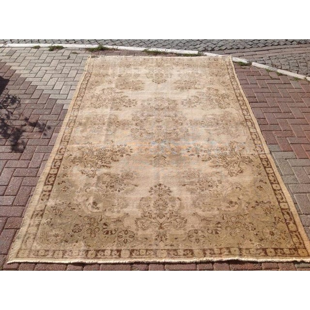 This gorgeous antique Turkish oushak rug was made of wool and cotton in 1930`s. it`s professionally cleaned and ready to...