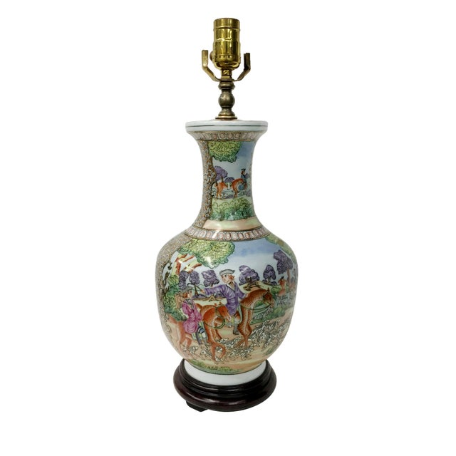 1980s Vintage Chinese Export English Hunt Scene Vase For Sale - Image 5 of 5