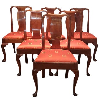 Walnut Dining Chairs England, Circa 1750s - Set of Six For Sale