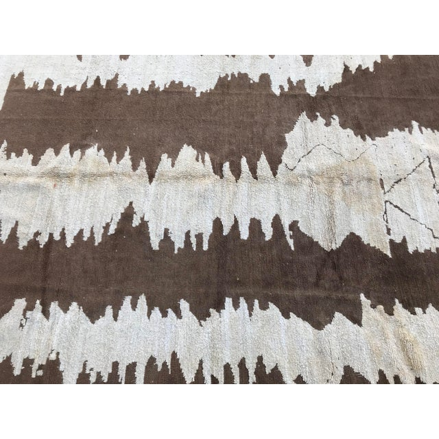 Turkish Floor Oversize Handwoven Brown and White Hemp Rug For Sale In Austin - Image 6 of 10