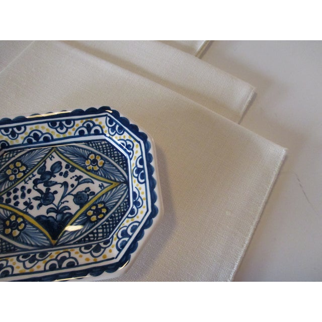 Traditional Set of Six (6) Vintage 100% Linen Made for Marshall Fields For Sale - Image 3 of 5