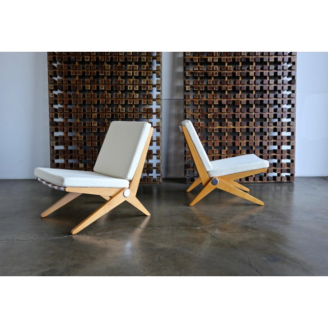 Mid-Century Modern Scissor Lounge Chairs by Pierre Jeanneret for Knoll International - a Pair For Sale - Image 3 of 12