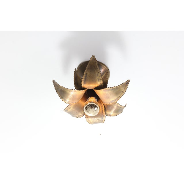 Hollywood Regency Maison Jansen Regency Brass Palm Sconce For Sale - Image 3 of 8