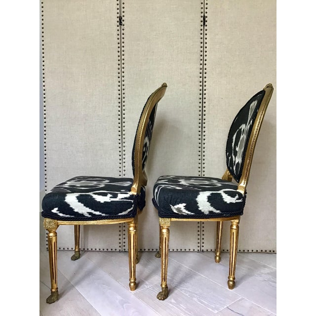 Louis XVI Mid Century Louis XVI Gilt Wood Ikat Chairs- a Pair For Sale - Image 3 of 8