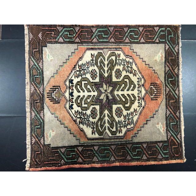 Handmade wool and cotton rug in Turkish Anatolia Small Rug, Vintage Oushak Rug, Turkish Antique Vintage Anatolian Rug,...