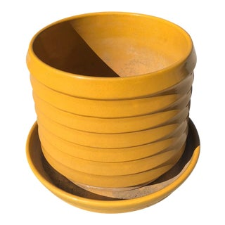 1950s Vintage Yellow Bauer Planter & Saucer Tray For Sale