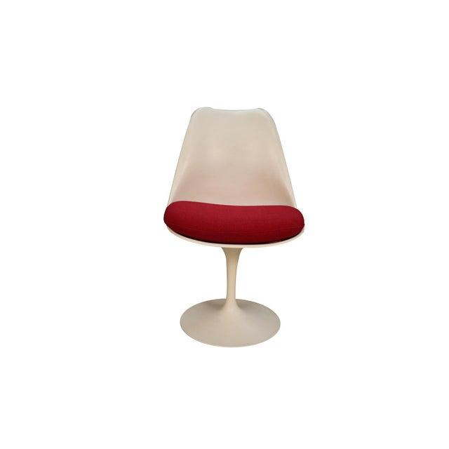 Four Knoll Eero Saarinen Swivel Tulip Chairs For Sale - Image 9 of 12