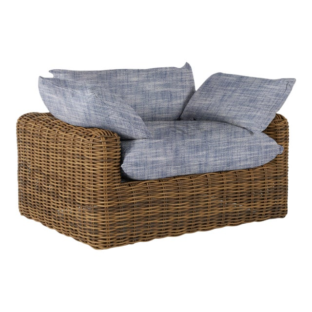 Summer Classics Montecito Lounge in Faded Linen Indigo For Sale