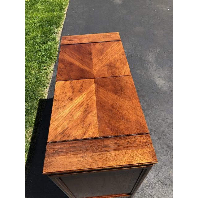 1970s Thomasville Asian Style Flip Top Bar Cabinet For Sale In New York - Image 6 of 13