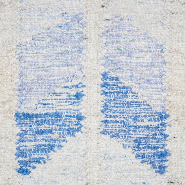 Contemporary Schumacher Narvaro Area Rug in Hand-Woven Wool, Patterson Flynn Martin For Sale - Image 3 of 4