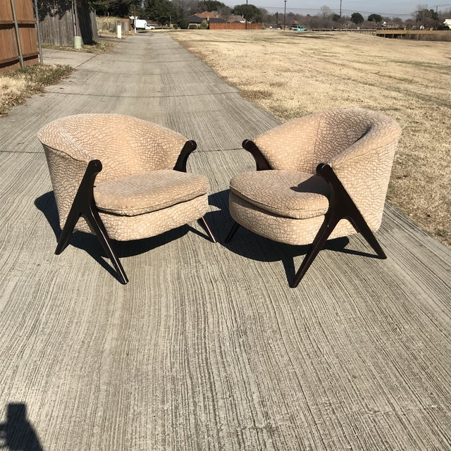 Tan Mid Century Modern Karpen Bros Style Club Chairs - a Pair For Sale - Image 8 of 8