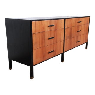 Harvey Probber Mid-Century Modern Rosewood and Ebonized Wood Long Dresser or Credenza, Newly Refinished For Sale