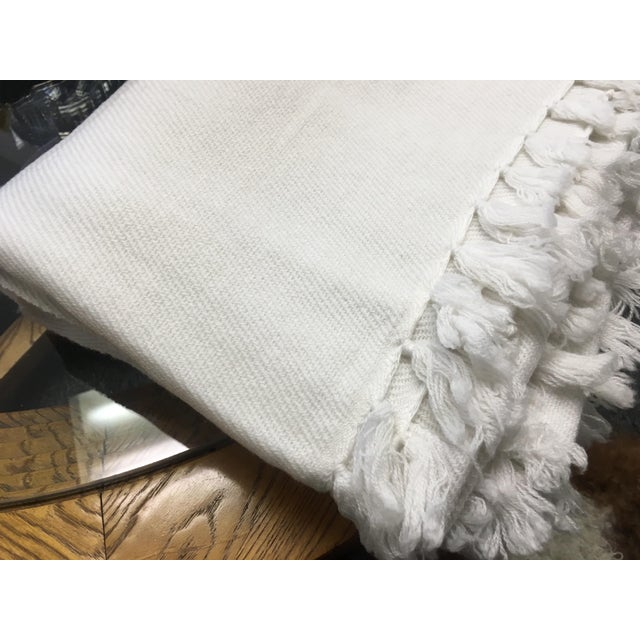 White Cashmere Blanket With Tassels - Image 5 of 11