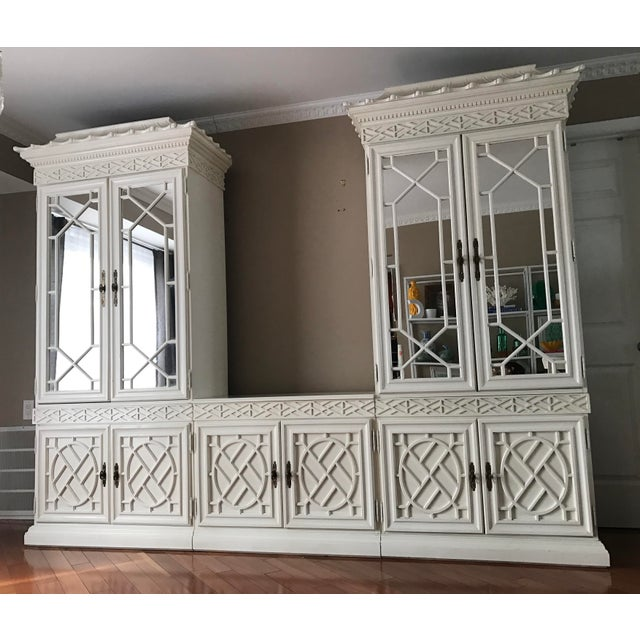 Vintage Chinese Chippendale Chinoiserie 5 Piece Fretwork Mirrored Cabinet - Image 2 of 8