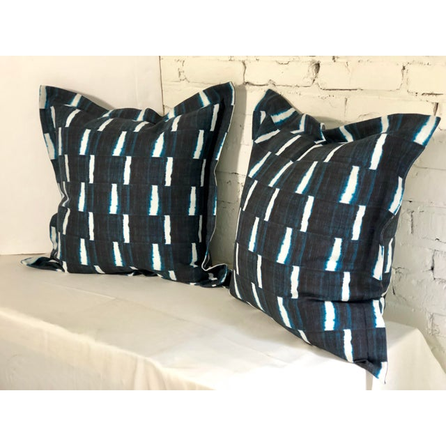 "Pair of 24"" Indigo Dyed Linen Pillows by Jim Thompson For Sale - Image 9 of 10"