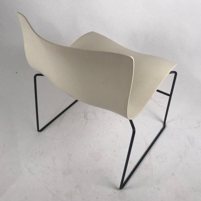Metal Knoll Massimo Vignelli Handkerchief Stacking Chair in Black & White For Sale - Image 7 of 10
