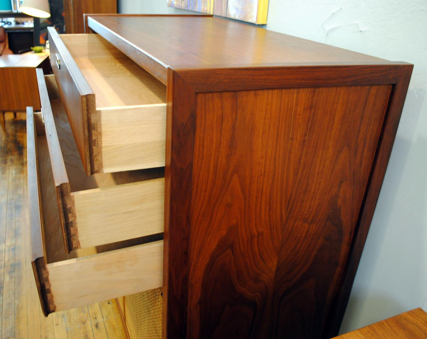 Mid Century Jack Cartwright Tall Chest   Image 3 Of 7