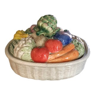 Mid 20th Century Large Fitz and Floyd Vegetables Motif Covered Dish For Sale