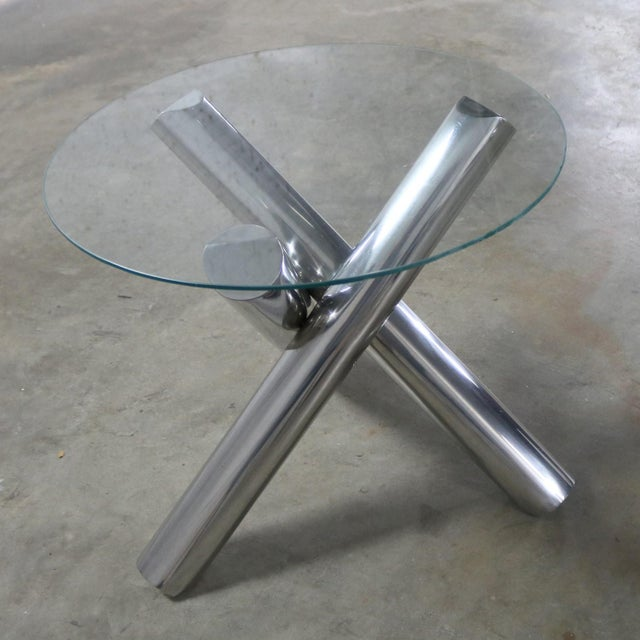 Late 20th Century Tubular Stainless-Steel Jacks Tripod End Table Round Glass Top Style of Milo Baughman For Sale - Image 5 of 13