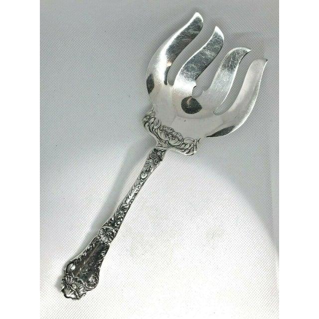 Silver 1902 Gorham Sterling Silver Serving Fork, Poppy Pattern Retailed by W. K. Vanderslice & Co. For Sale - Image 8 of 8