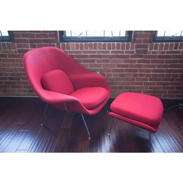 Knoll Eero Saarinen for Knoll Womb Chair & Ottoman For Sale - Image 4 of 8
